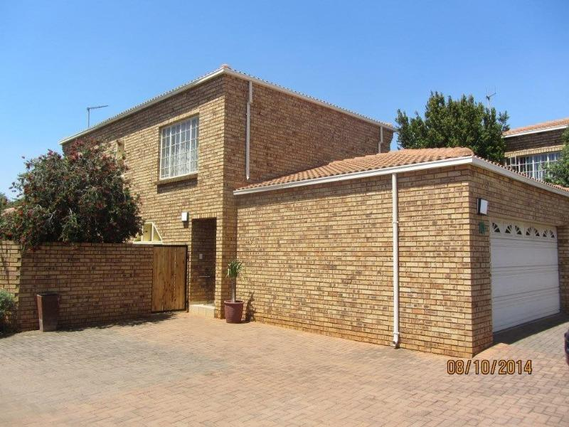 Property For Rent in Centurion Golf Estate, Centurion 1
