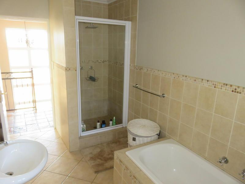 Property For Rent in Cornwall Hill, Centurion 14
