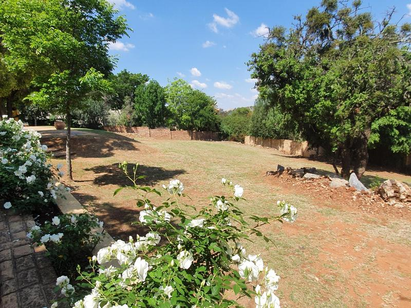 Property For Rent in Cornwall Hill, Centurion 16